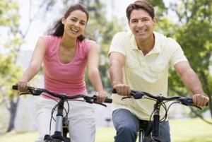 familia-na-bicicleta