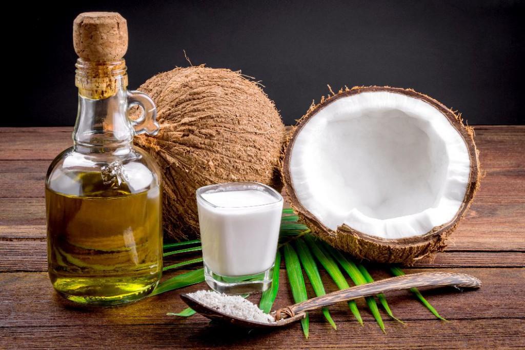 Os 14 Benefícios do Óleo de Coco Para Saúde